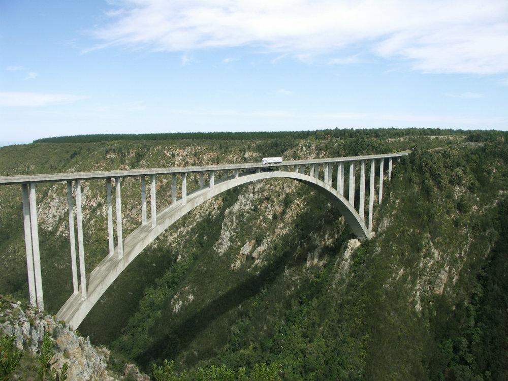bungee-jump-tsitsikamma-garden-route