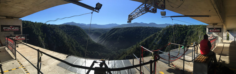 bungee-jump-tsitsikamma-national-park-bloukrans-river-bridge-panorama-1000