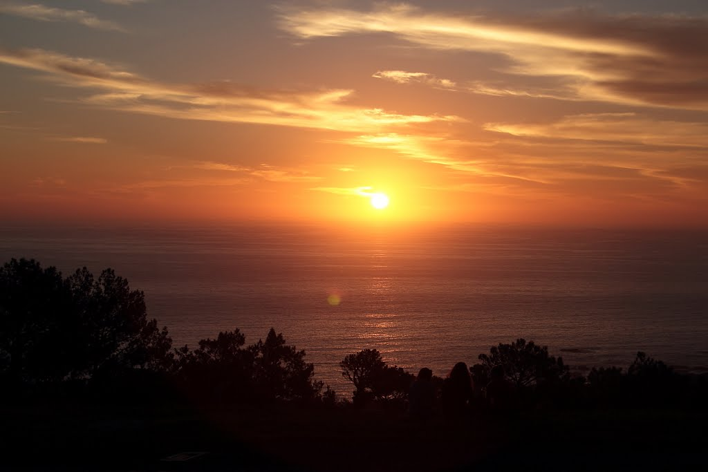 lions-head-sunset-sea