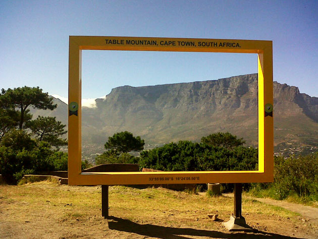 table-mountain-signal-hill-yellow-frame
