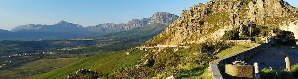 whale-route-from-cape-town-to-hermanus-sir-lowrus-pass1
