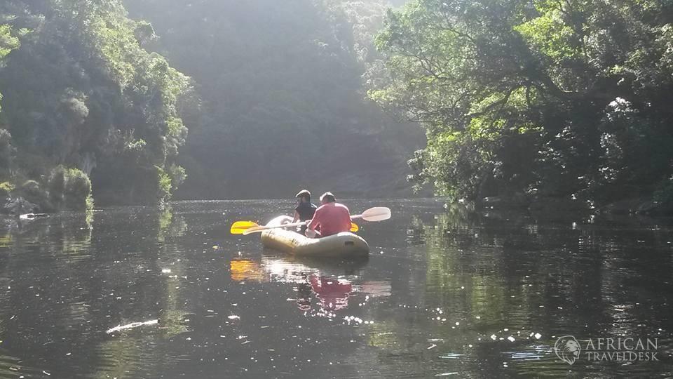 wilderness-canoeing-nature