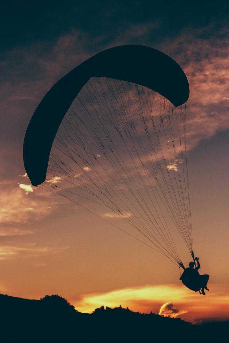 paragliding-wilderness